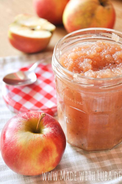 Bratapfel-Marmelade – und wie wäre es mit einer Tasse Apfel-Zimt-Tee?