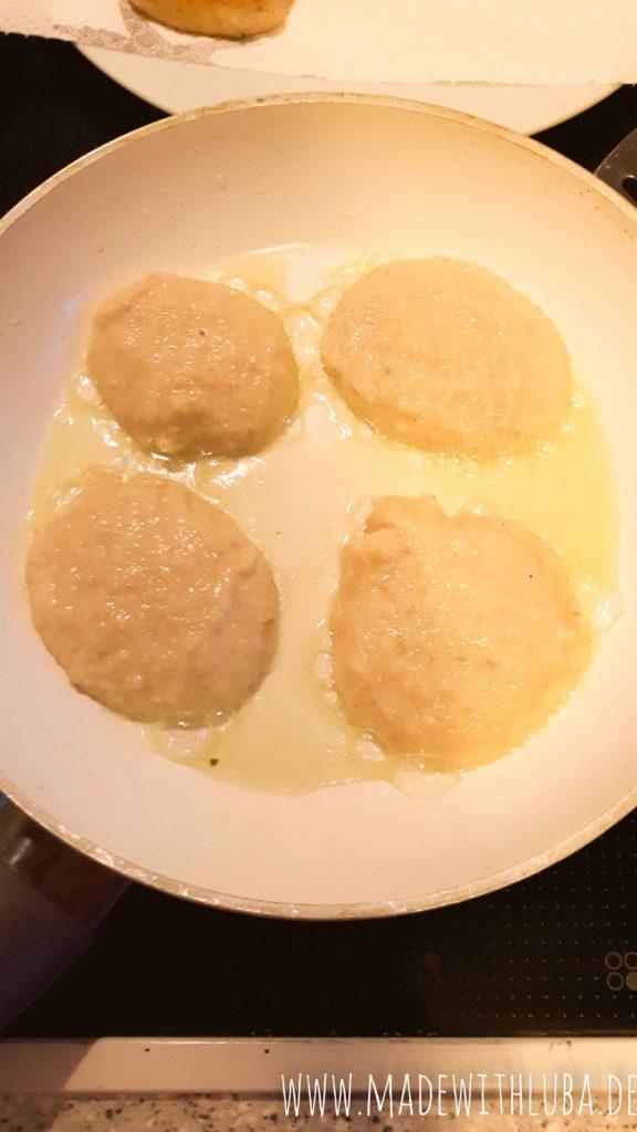 Hefezopf Pancakes in der Pfanne