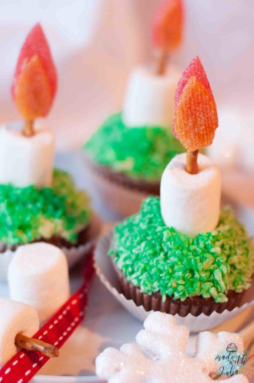 Anzeige – Weihnachtliche Kerzen-Cupcakes zur Adventszeit
