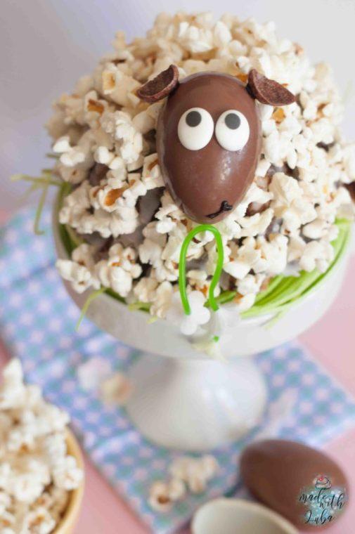 Schäfchentörtchen mit Popcorn zu Ostern